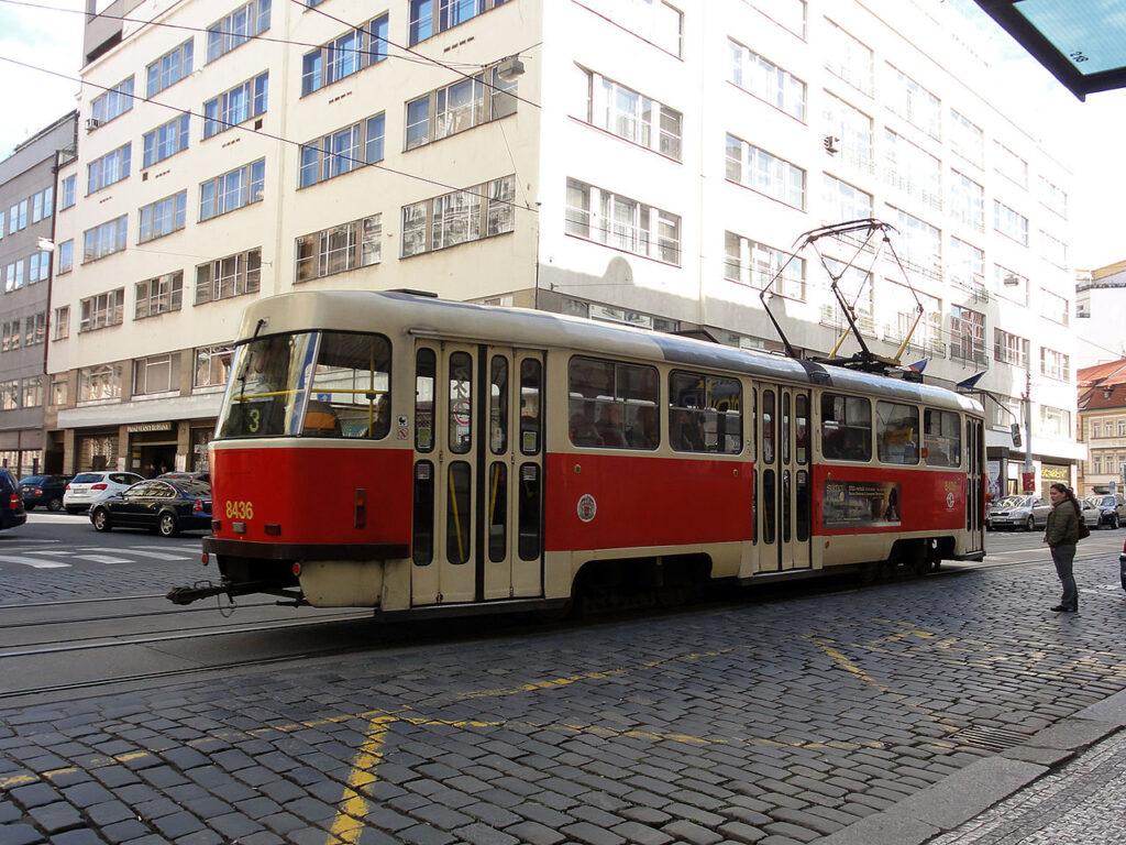 01_tram